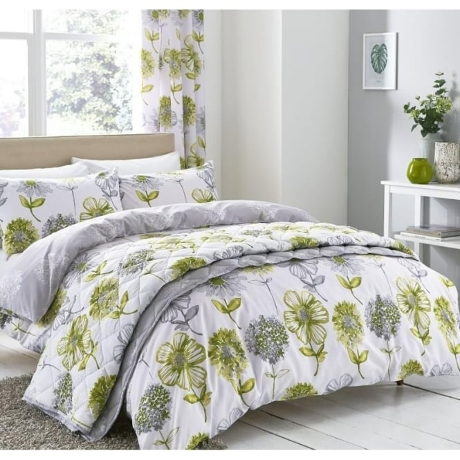 Catherine Lansfield Banbury Floral Duvet Set in Green