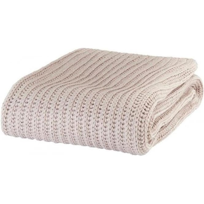 Catherine Lansfield Chunky Knit Throw in Beige