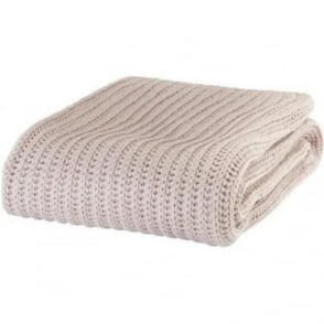 Chunky Knit Throw in Beige