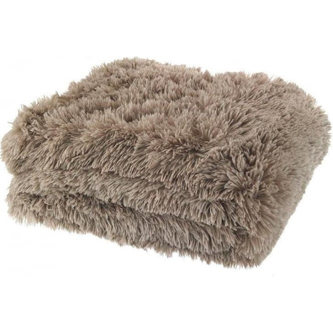 Catherine Lansfield Cuddly Throw in Beige