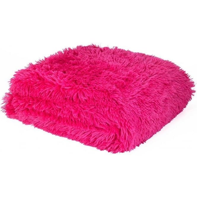 Catherine Lansfield Cuddly Throw in Hot Pink