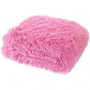 Cuddly Throw in Light Pink