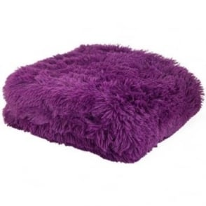Cuddly Throw in Purple