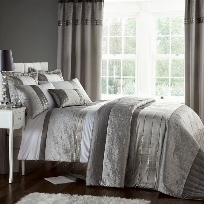 Catherine Lansfield Gatsby Duvet Set in Grey & Silver