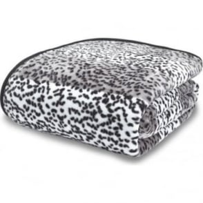 Raschel Giraffe Print Throw in Silver