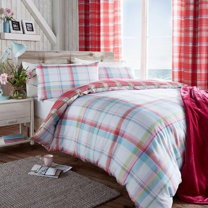 Catherine Lansfield St Ives Check Duvet Set in Pink