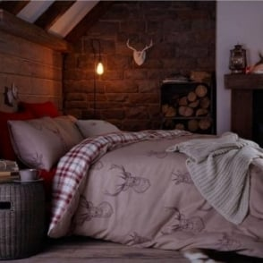 Stag Print & Check Reversible Duvet Set in Red