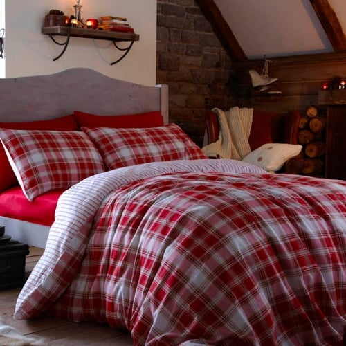 Catherine lansfield tartan red checked pillowcases - Housse de couette tartan ...