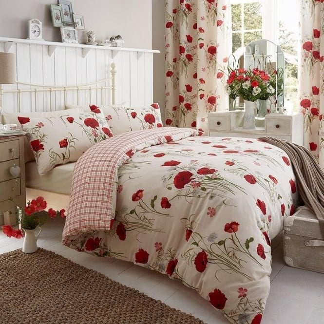 Catherine Lansfield Wild Poppies Duvet Set