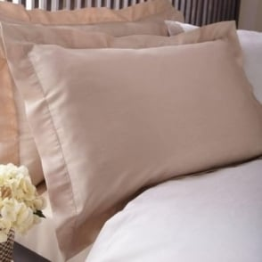 1 only Lucia Oxford Pillowcase in Beige Jacquard/Polycotton