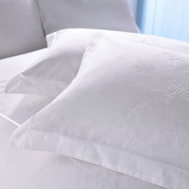 1 only Lucy Oxford Pillowcase Percale Polycotton 180 Thread Count
