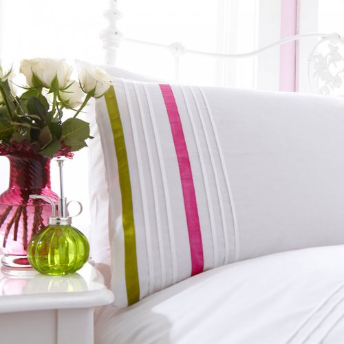 Duvet Covers. In addition to protecting and extending the life of your high-quality duvet, a duvet cover adds an instant splash of color and pattern to the bed—changing the look of your room in the blink of an distrib-wq9rfuqq.tk offer a wide selection of pattern duvet covers in a stunning array of colors, all crafted of the world's finest materials.. Our solid duvet covers come in dozens of gorgeous.