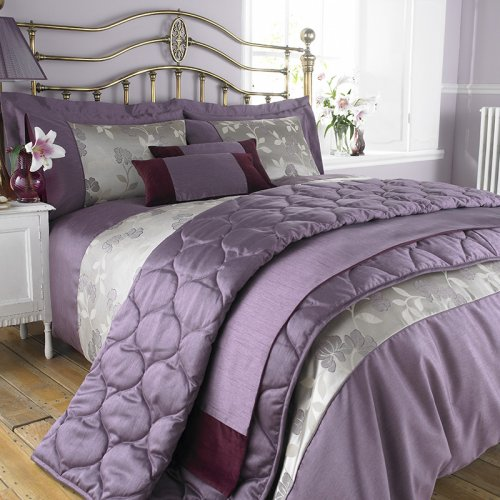 Charlotte Thomas Francesca Duvet Cover Set   Plum Jacquard Poly Cotton. Charlotte Thomas Francesca Bed Set in Purple   Duvet Cover Sets