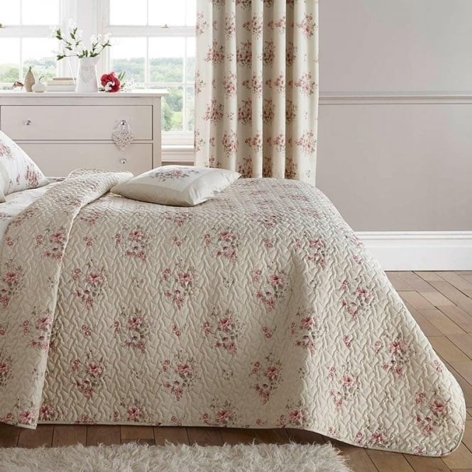 Dreams & Drapes Elodi Bedspread in Rose Pink