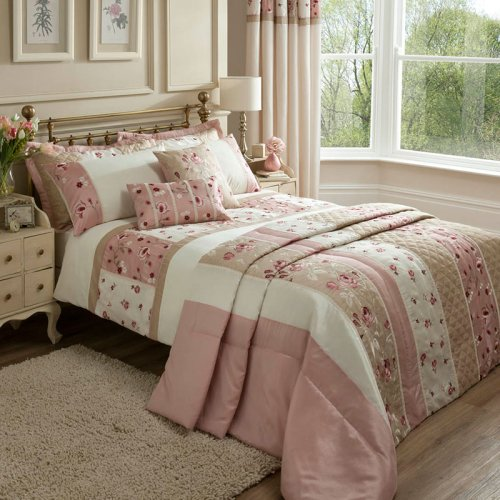 Catherine Lansfield Imogen Patchwork Bed Set In Pink